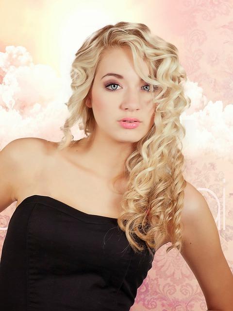blond-487075_640