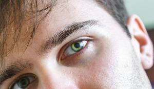 eyes-933320_640